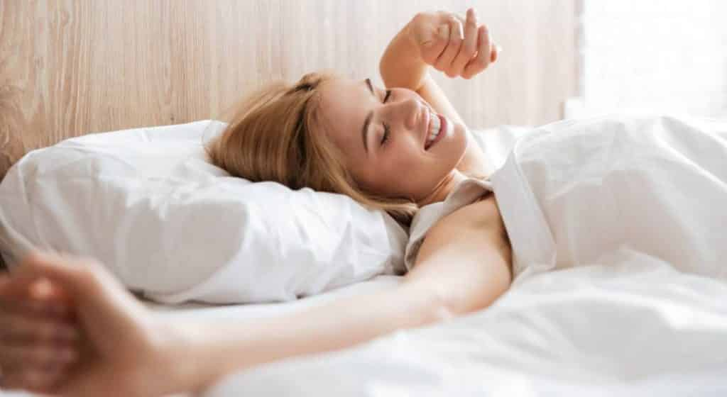 What To Know About Your Sleeping Position Before Buying the Best Pillow for Combination Sleepers