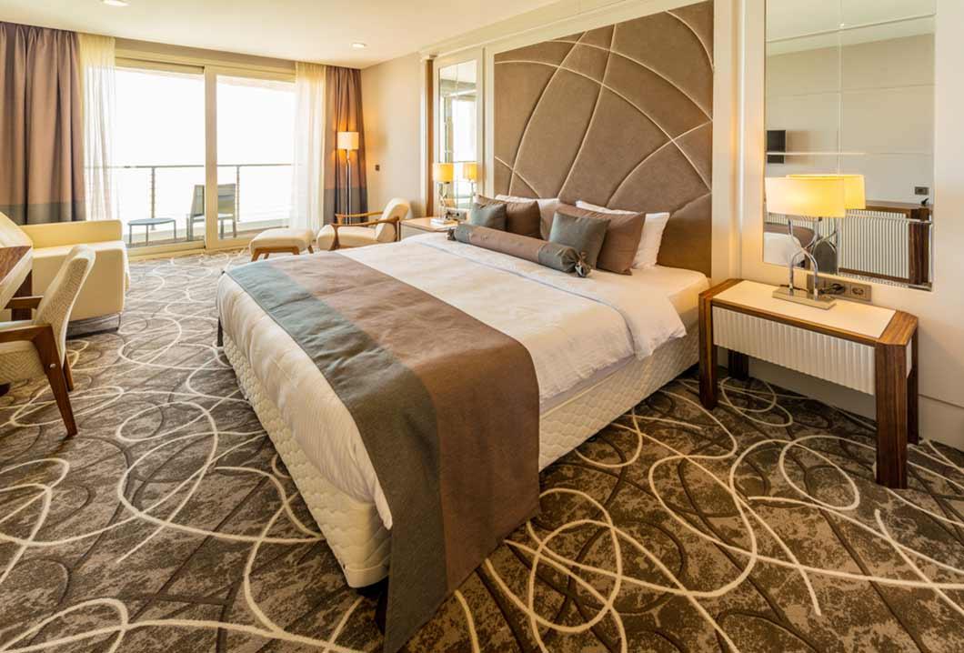 Best Hotel Pillows for Better Sleep
