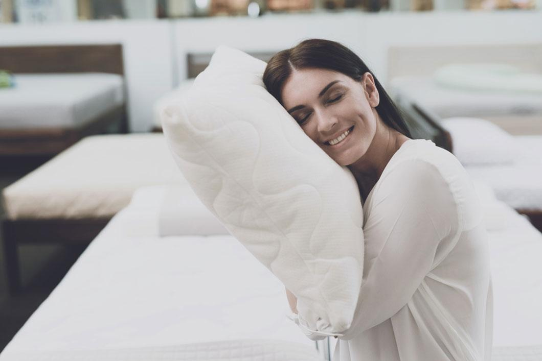 Best Pillow for Back Pain Buyer's Guide